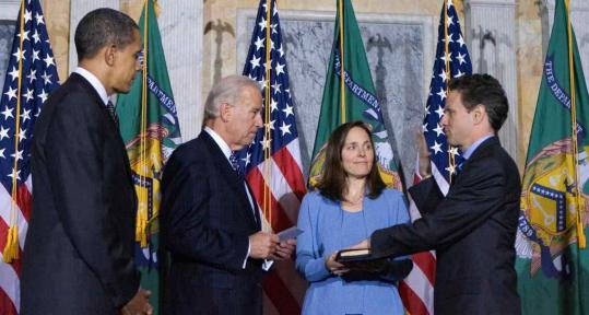 Timothy Geithner was sworn in by Vice President Joe Biden. President Obama and Geithner's wife, Carole Geithner, watched.