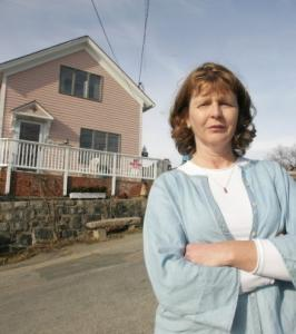 Susette Kelo outside her Connecticut house, which became a protest symbol.