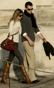 Tom Brady and Gisele Bundchen walked down the streets of Paris in 2007 and reportedly walked down the aisle in Los A