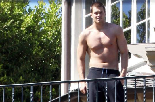 Following his wedding Thursday night, Tom Brady quite at home in LA.