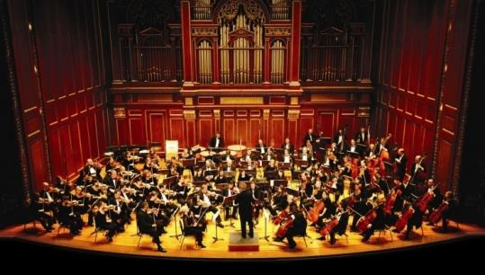 The Boston Philharmonic (shown here at Jordan Hall) celebrated its 30th anniversary with Mahler's Second Symphony.