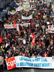 Several thousand workers from the public and private sectors demonstrated yesterday in Marseille, in southern France.