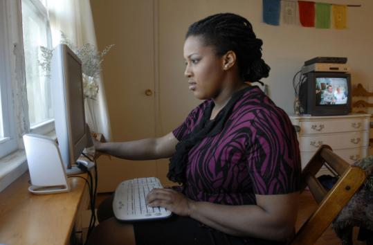 Short-term jobs from Craigslist - a popular site for the underemployed - let Simone Sneed supplement her income.