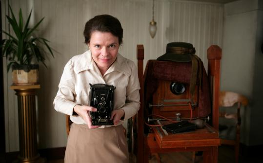 In ''Everlasting Moments,'' Maria Heiskanen plays a woman in early-20th-century Sweden who finds escape from her bad marriage by taking photographs.