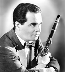 Nick Bertocci played jazz clubs in New York City and Boston.