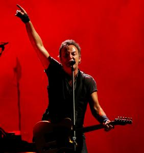 Bruce Springsteen and the E Street Band hit on all cylinders Tuesday night in a nearly three-hour show at the TD Banknorth Garden.