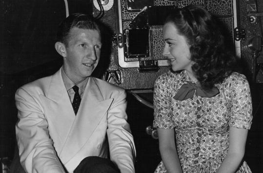 Gossip columnists linked Don Budge, whom they dubbed ''the Romeo of tennis,'' to actress Olivia de Havilland romantically.