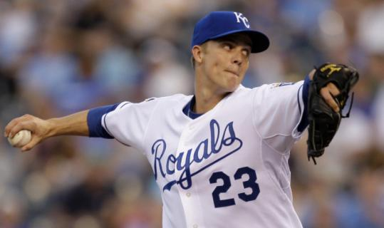Zack Greinke struck out 10 in his second straight complete game as the Royals topped the Tigers, 6-1.