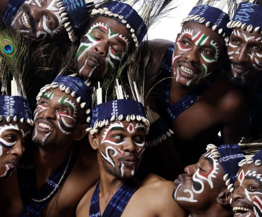 Sidi Goma is a 12-member group of singers, drummers, and dancers from India.