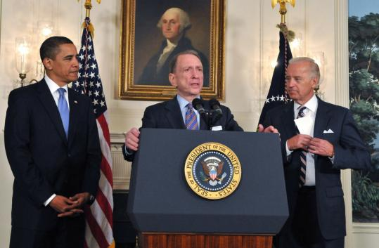 Senator Arlen Specter of Pennsylvania met with President Obama and Vice President Joe Biden yesterday at a welcoming ceremony at the White House.