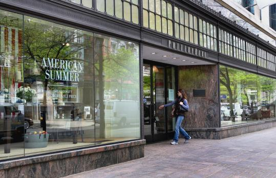 Pottery Barn, a home furnishings chain, is leaving Newbury Street, the latest merchant to exit the Back Bay retail district.