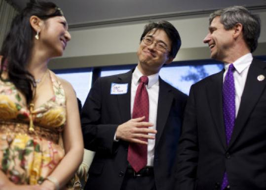 Boston City Council member Sam Yoon (center) with Panney Wei and US Representative Joe Sestak at the Asian American Action Fund dinner in Washington on Wednesday.