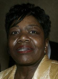 NO WRONGDOING, SHE INSISTS Representative Gloria Fox disputes a prison guard's allegation that she had misrepresented the identity of the woman with her, calling her an aide.