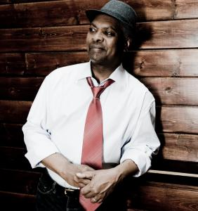 Booker T. Jones mixed rock and soul in his show Tuesday at the Regattabar. He played tunes from his new album, ''Potato Hole,'' and some classic songs as well.