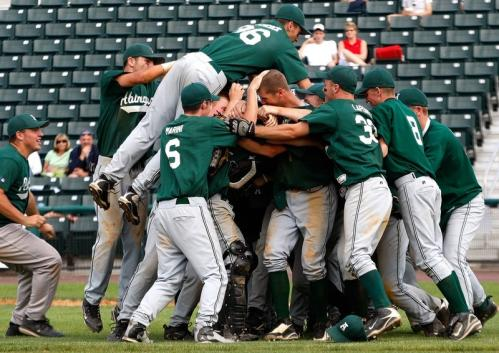Abington pitcher Steve Perakslis is at the center of the celebration after pitching the Green Wave to a Division 3 state title.