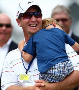 David Duval got a belated Father's Day hug from son Brayden after he shot 71 to finish in a tie for second at the US Open.
