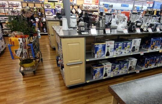 Wal Mart Aims To Keep A New Flock Of Customers The Boston Globe