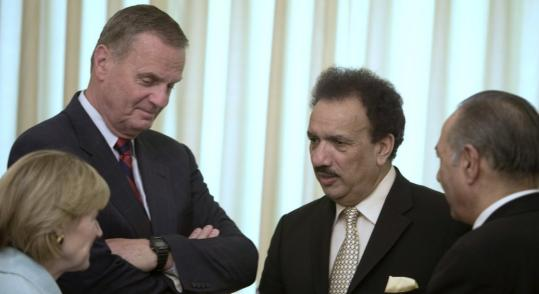 US General James Jones (left) met with Pakistani officials yesterday and discussed Washington's revamped strategy for the volatile region.