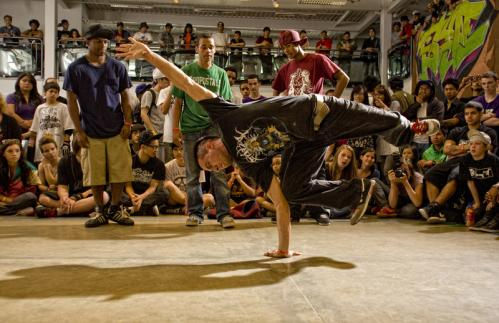 B-Boys competed in the three-on-three team battle.