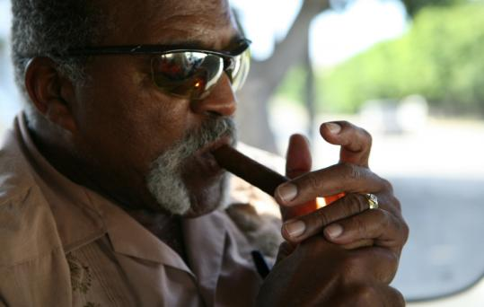 Jonathan Hock's documentary follows former Boston Red Sox ace Luis Tiant on his return to Cuba after a 46-year exile.