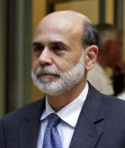 Ben Bernanke saw his net worth fall by more than a quarter in 2008, to between $850,000 and $1.9 million.