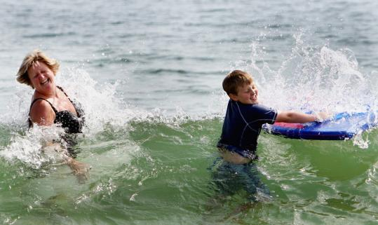 Tough To Fathom Water Temperatures On Regions Beaches Hit The 70s