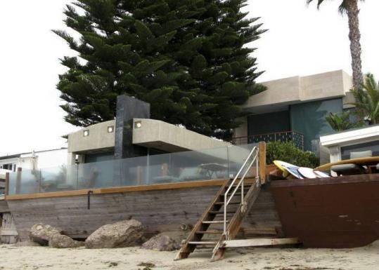 The Wells Fargo-owned beach house in Malibu Colony. The former owners lost money to Bernard Madoff's Ponzi scheme.