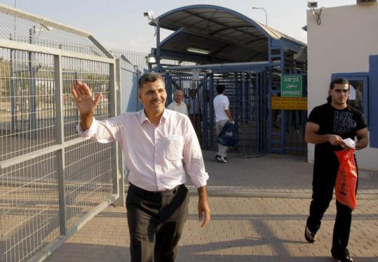 Nasser al-Shaer, former deputy prime minister of Hamas, was released from an Israeli prison yesterday.