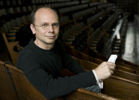 Paul Henry Smith conducts his digital orchestra live Sunday at 3 p.m. at Brandeis University.