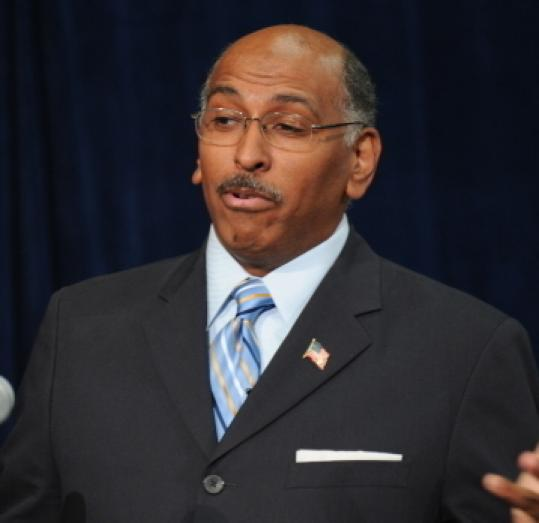 Republican party chief Michael Steele said that President Obama has too much on his plate for an Olympics pitch.