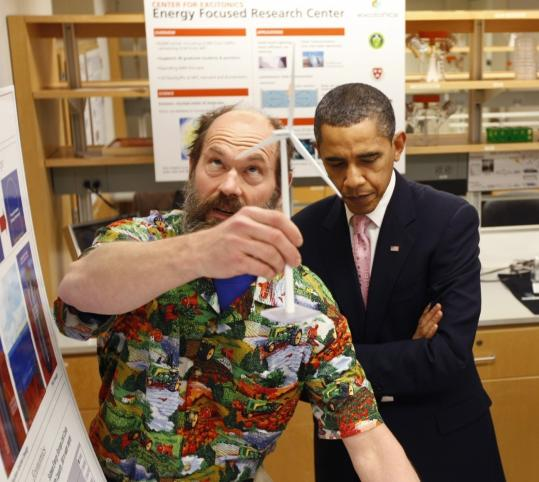 President Obama toured a research laboratory at MIT yesterday with professor Alex Slocum. In a speech at the school, Obama hailed the university's development of alternative energy technologies.