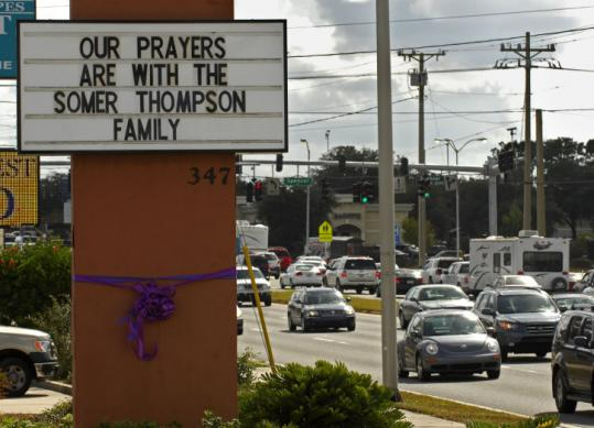 A sign in Orange Park., Fla., expressed condolences to the family of Somer Thompson, whose body was found in a landfill.