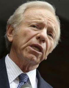 Joe Lieberman might side with Republicans.