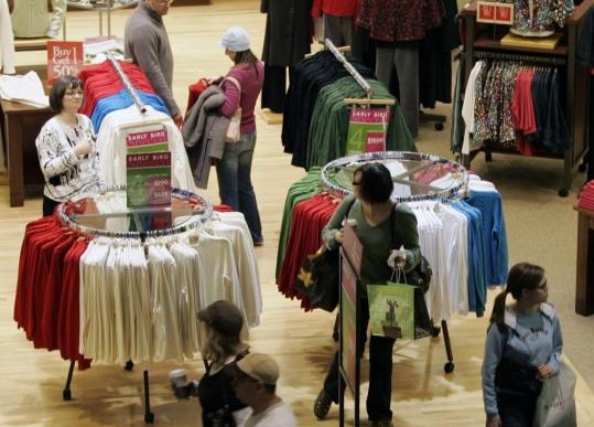 A retail trade group expects Black Friday crowds to be bigger this year, but one consultant says spending for the weekend will be at best unchanged from last year.