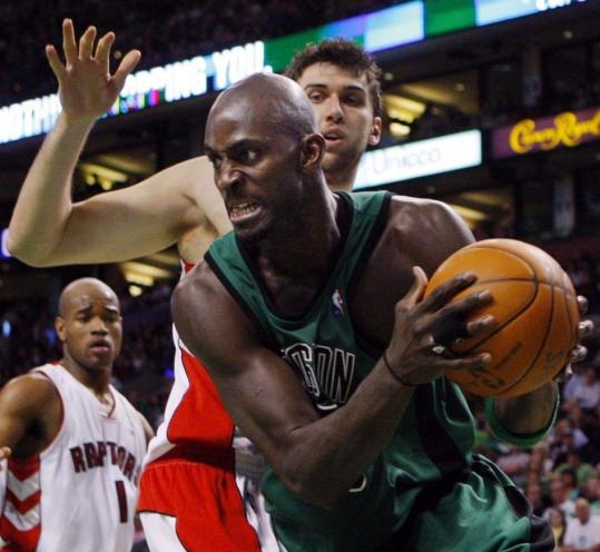 Slow to start the season following knee surgery, Kevin Garnett appears to have found his stride, averaging 18.3 points in the Celtics' last three games.