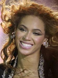 R&B diva Beyoncé received 10 nominations last night.