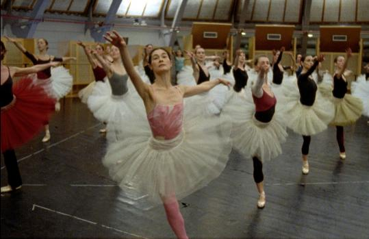 "Filmmaker Frederick Wiseman gives a behind-the-scenes look at a world-class dance company in ""La Danse.''"