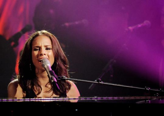"Alicia Keys, performing at a World AIDS Day concert Dec. 1, has a new album out tomorrow, ""The Element of Freedom.''"
