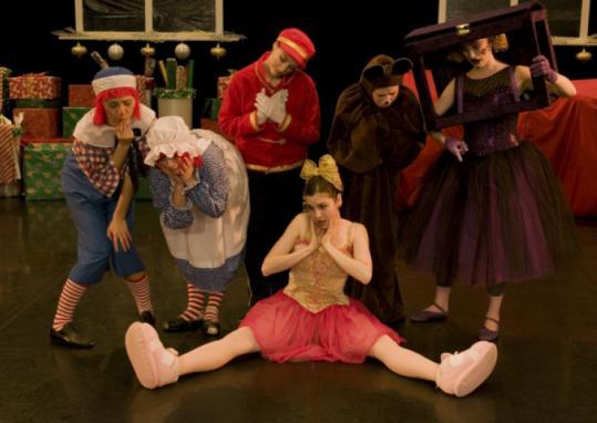 Dancers Catherine Murcek, Lucy Warren-Whitman, Courtney Peix, Jenny Lustig, Nina Brindamour, and Lindsey Ridgeway.