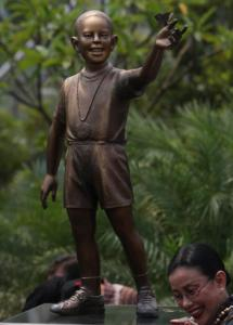The statue of a young Barack Obama was supposed to inspire Indonesian children to follow their dreams.