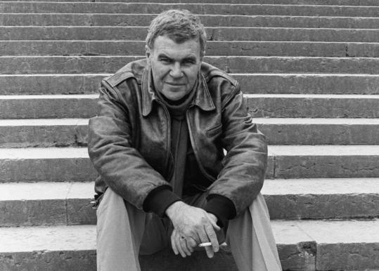 The book leans on a wealth of source material, including Raymond Carver's papers and those of his editor Gordon Lish.