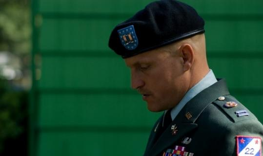 "Woody Harrelson is an Army captain who notifies families of soldiers' deaths in ""The Messenger.''"
