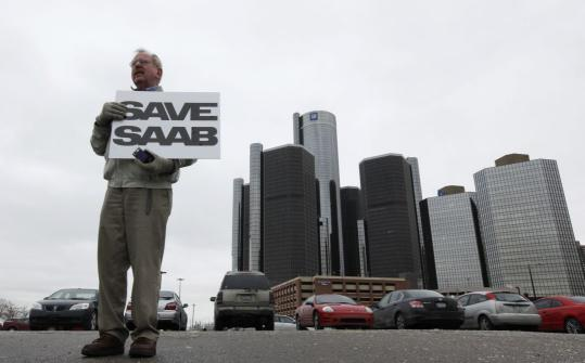 "Some fans staged a ""Save Saab'' rally yesterday outside GM headquarters in Detroit."