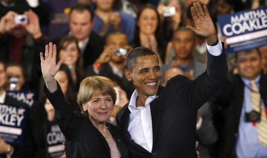 President Obama rallied supporters of Martha Coakley in Boston yesterday.