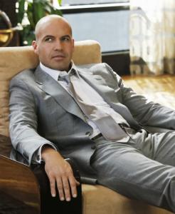 "Billy Zane stars as Cliff, a partner in an LA law firm, in ABC's ""The Deep End.''"