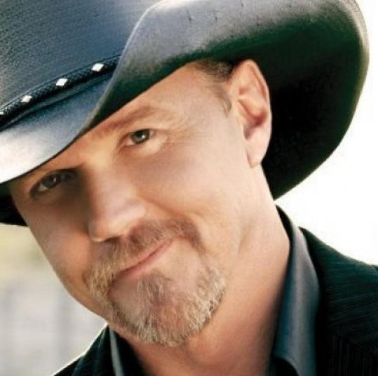 At the DCU Center on Saturday, opener Trace Adkins pumped up the volume and co-headliner Martina McBride played almost twice as long.