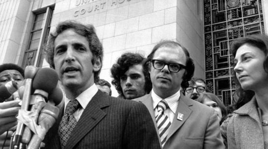Daniel Ellsberg in 1973 outside the US Court House in Los Angeles.