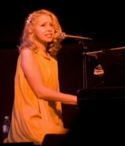 Nellie McKay (performing in Northampton in 2007) played Doris Day tunes and more at the Regattabar Friday.