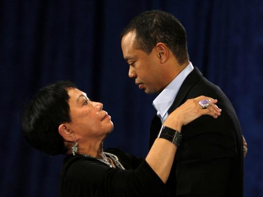 "Tiger Woods embraced his mother, Kultida Woods, after apologizing for ""irresponsible and selfish behavior'' yesterday."