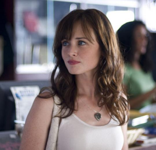 Beth (Alexis Bledel) is a conservationist who is seeing a pair of bankers: one arrogant, one square.